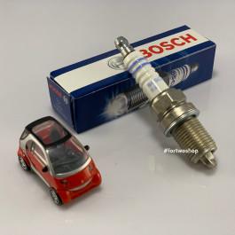 Свеча зажигания 0.6л Bosch